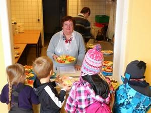 Rostock: Wohnungsunternehmen fördert 80.000 Frühstückportionen
