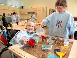 Bremen und Bremerhaven: Gewoba Stiftung fördert Schulprojekte