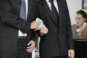 Korruption Geldübergabe