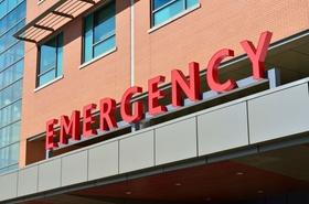 Krankenhaus-Gebäude Fassade Emergency
