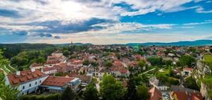 Immobilienweise: Preisboom auf dem Land, Mietanstieg in der Stadt