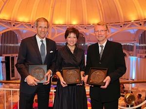 Preisverleihungen : Lern-Vorbilder mit Leonardo-Award geehrt