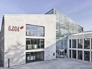Geschäftsführer übernehmen LHI Leasing GmbH