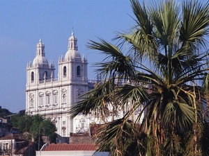 Transaktion: MPC Capital AG verkauft Bürogebäude in Lissabon