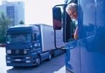 LKW-Fahrer sieht aus Führerhaus