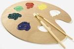 Malerpalette mit Farben und Pinsel