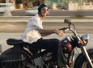 Motorrad-Unfall - Ohne geeignete Kleidung droht Mitverschulden
