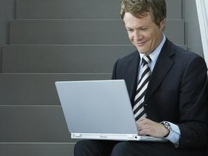 Jüngere Topmanager beklagen sich kaum über Work-Life-Balance: