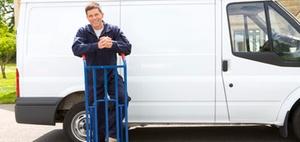 Arbeitnehmerhaftung: Fahrzeug gegen Wegrollen sichern