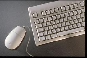 Maus_mit_Computer