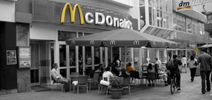 JLL managt Immobilien für McDonalds