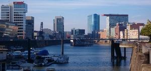 Hanse Merkur Grundvermögen kauft Bürohochhaus in Düsseldorf