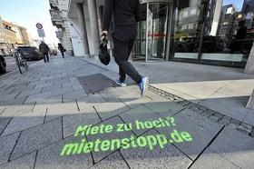 Mietenstopp Bayern Straße Graffiti