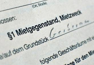FG Baden-Württemberg: Mietvertrag zwischen Lebensgefährten über hälftige Nutzung der gemeinsamen Wohnung