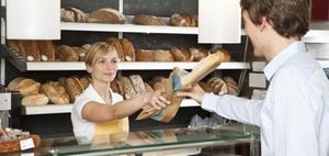 Regelsteuersatz für Backwaren im Eingangsbereich von Supermärkten