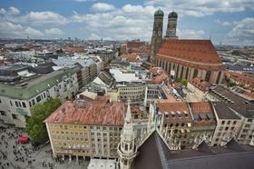 München Blick von oben Stadtansicht