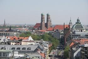 München Stadt im Sommer