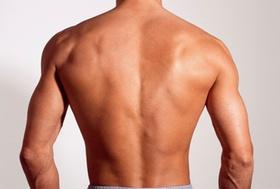 Nackter Rücken eines Mannes