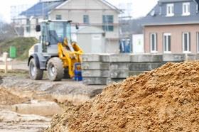 Bagger Grundstück Wohnungsbau