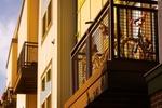 Mietshaus Balkone Fahrräder