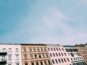 Berlin_Häuserzeile_Bestandswohnungen