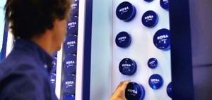 """BGH: Ist das """"Nivea-Blau"""" als Marke zu schnell gelöscht worden?"""