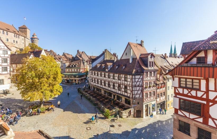 Nürnberg Architektenwettbewerb Für Altstadt Karree Startet