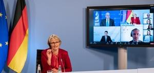 Berufliche Weiterbildung: OECD bescheinigt Handlungsbedarf