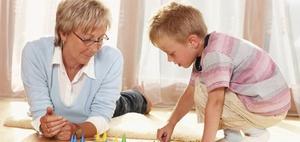 Rechtsfragen, wenn die Großmutter ein Enkelkind  betreut