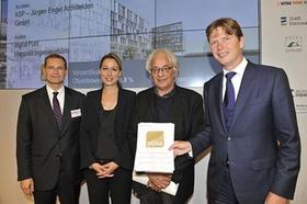 OVG Bischoff_Verleihung Vorzertifikat DGNB-Gold_Expo Real