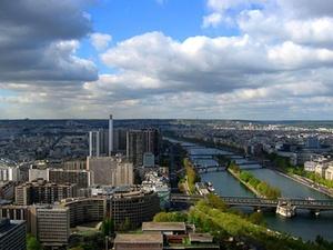 Aberdeen verkauft Pariser Bürogebäude für Degi-Fonds