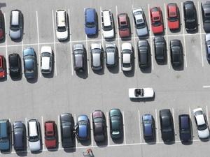 Eigentümer können Stellplätze zugelassenen Fahrzeugen vorbehalten