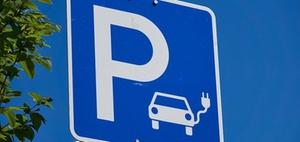 E-Mobilität: Ladesäulen-Mangel in Städten und Ballungsräumen