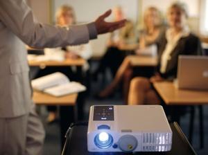Kommunikation: Präsentationen überzeugen Führungskräfte nicht