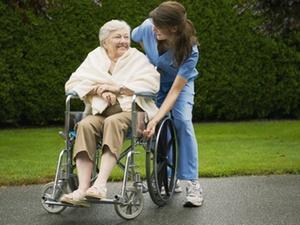 Thüringen: Mehr Berufserlaubnisse für ausländische Pfleger