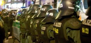 Tonaufnahme eines Polizisten auf einer Demo