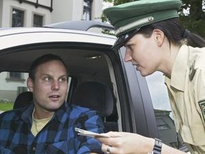 Auch passiver Cannabis-Konsum kann die Fahrerlaubnis gefährden