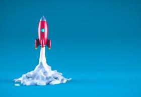 Rakete Modell steil senkrecht Papier