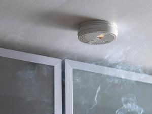 gesetzgebung baden w rttemberg schreibt rauchwarnmelder. Black Bedroom Furniture Sets. Home Design Ideas