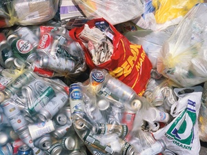 Recycling-Offensive: Bündnis für mehr Recycling in Hamburg