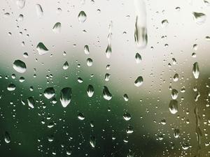 Sind schlechtes Wetter und fröhliche Gäste im Hotel Reisemängel?
