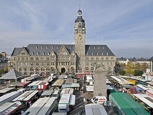 CR verkauft Hertie-Gebäude in Remscheid-Lennep