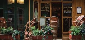 WEG kann unzulässige Gaststätte auch nach Jahren schließen lassen