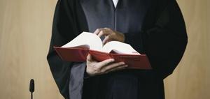 Gewaltenteilung: Wie werden in Deutschland Richter ausgewählt?