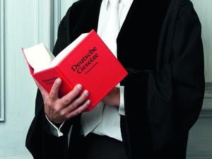 Staatsanwalt verliest Anklage im Schrottimmobilien-Prozess