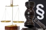 Richterhammer, Paragrafenzeichen und Waage