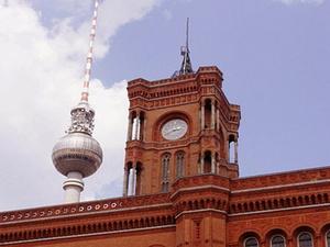 Transaktion: Tristan-Fonds kauft Rathaus in Berlin-Mitte
