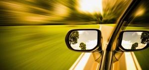 Entfernen nach Unfall beim Ein- und Ausfahren in die Waschstraße