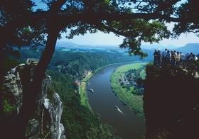 Elbsandsteingebirge, Blick von Bastei auf die Elbe, Sächsische Schweiz