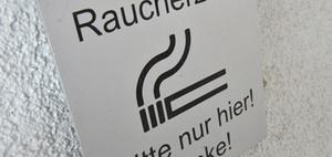 Gesundheitsschutz: Gibt es ein Rauchverbot am Arbeitsplatz?
